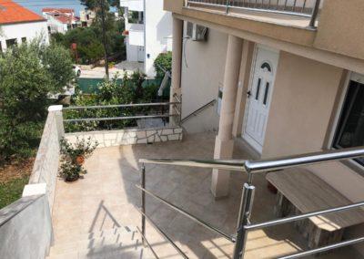 Eingang und Terrasse Apartment Split