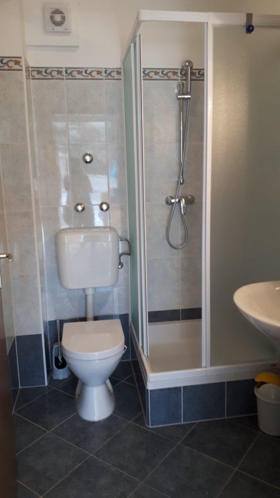 Apartment Kastela Sanitärbereich